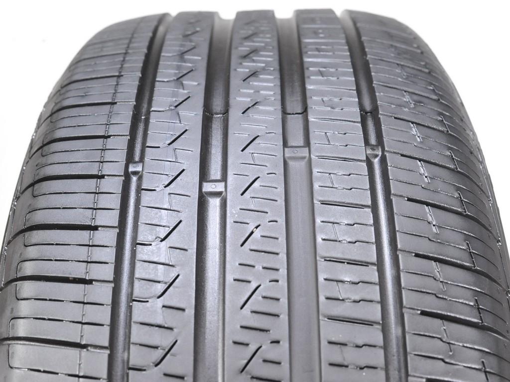 7//32 Used 245//45R18 Pirelli Cinturato P7 MOE Run Flat 100H
